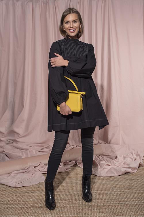 f7dd5fd9 < > GANNI Slate Dress Black kjole