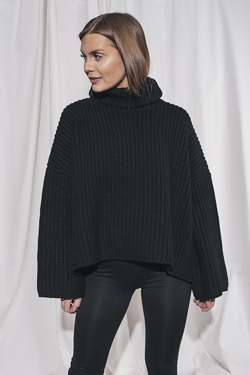 Cropped Poncho Knit Black