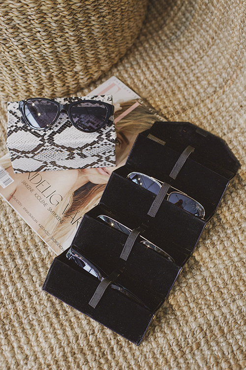 QUAY Fold Up Case 4pc Snake solbrilleetui